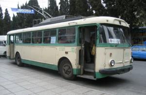 Ялтинскому троллейбусу уже 50!
